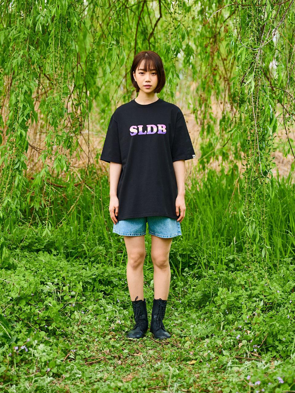 샐러드볼즈(SALAD BOWLS) SLDB LOGO T-SHIRT [BLACK]